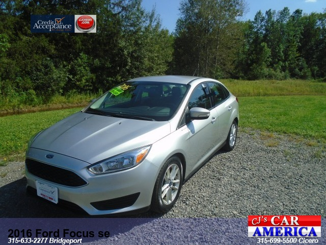 2016 Ford Focus SE ** Bridgeport Sale Priced $10995***