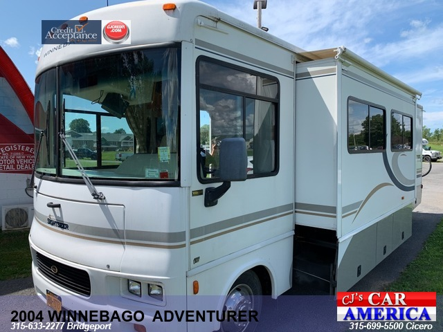 2004 WINNEBAGO  SIGHTSEER *** CICERO SALE PRICED $23,995***
