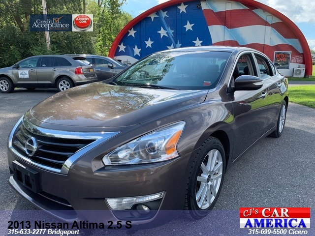 2013 Nissan Altima 2.5 SV*** CICERO SALE PRICED $9,995***