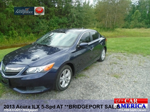 2013 Acura ILX 5-Spd AT **BRIDGEPORT SAL;E $9995**