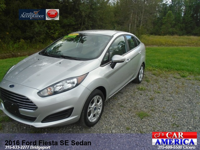 2016 Ford Fiesta SE Sedan**BRIDGEPORT STORE**