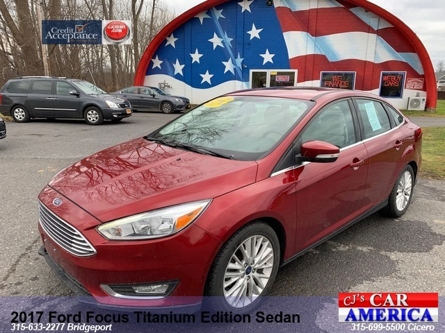 2017 Ford Focus Titanium Sedan **BRIDGEPORT STORE**