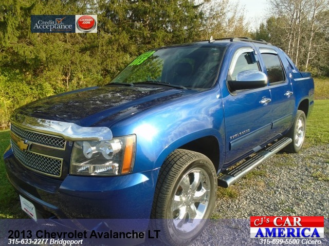 2013 Chevrolet Avalanche LT **Bridgeport Store**