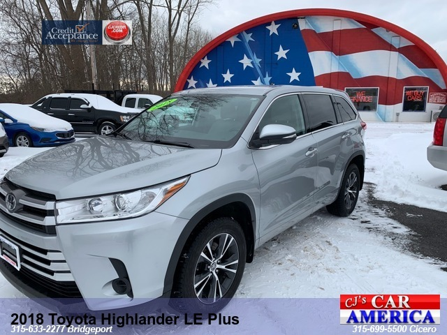 2018 Toyota Highlander LE Plus *** CICERO SALE PRICED $24,995***